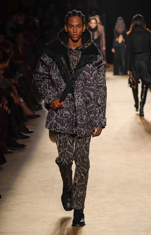 04_Roberto_Cavalli_Collection_fall_winter_18_XS